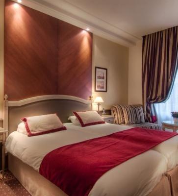 BEST WESTERN PREMIER Hôtel Trocadéro la Tour – Dreibettzimmer