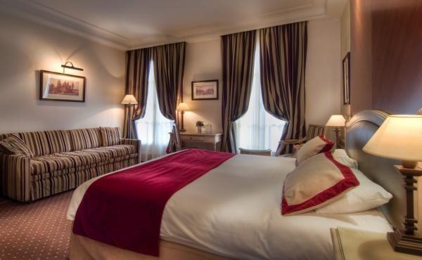 BEST WESTERN PREMIER Hôtel Trocadéro la Tour – Family room